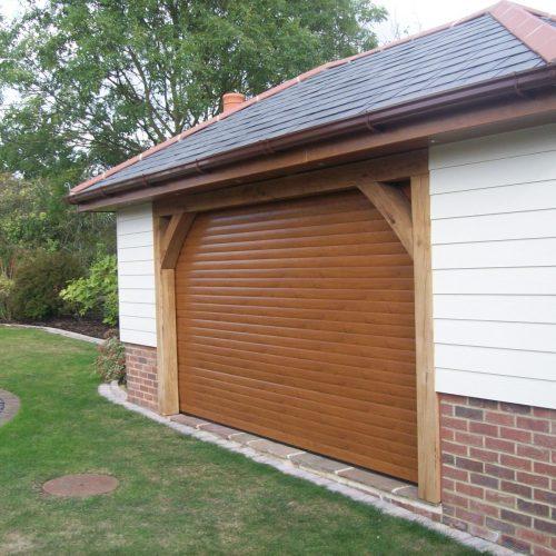 Garage shutter wood effect